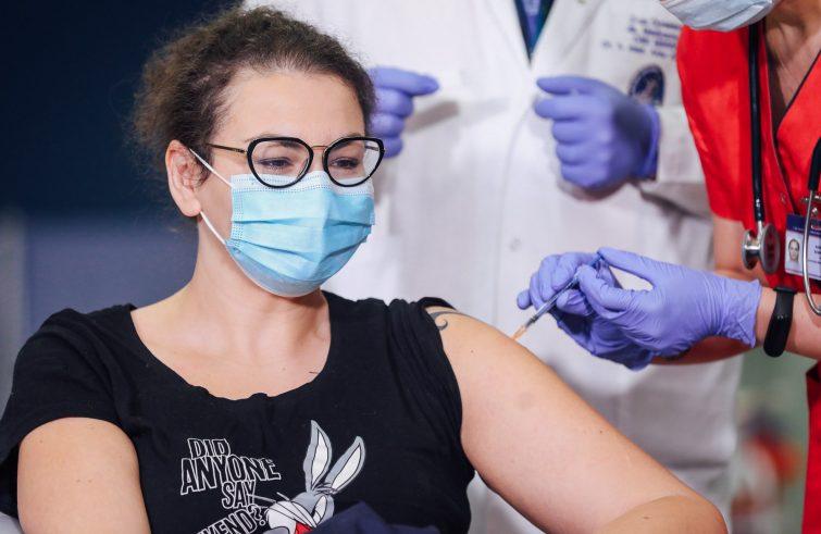 ATTUALITA'- UE: immunizzeremo il 70% dei cittadini per l'estate